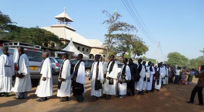 Askofu Dr Nkola Aanza Rasmi Mchakato wa Kustafuu:aictanzania.org