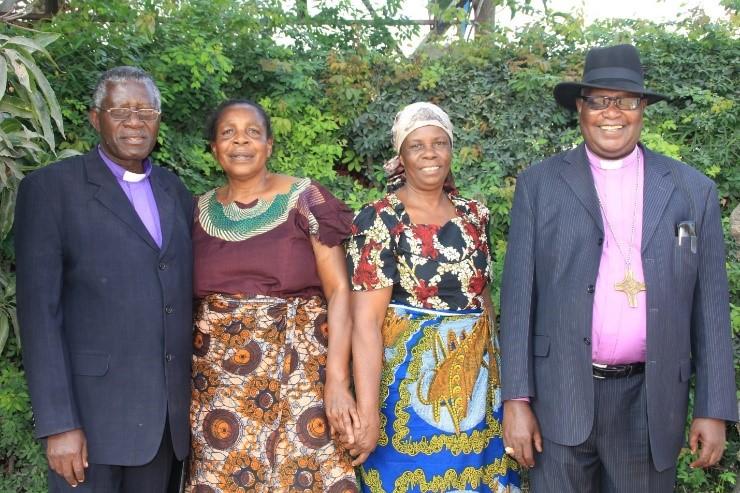 Maaskofu wahudhuria mazishi ya Mzee Andrew Yohana Kinuno